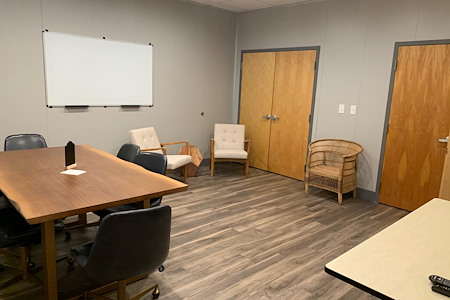 """The Common - Community Workspace - room """"f"""""""
