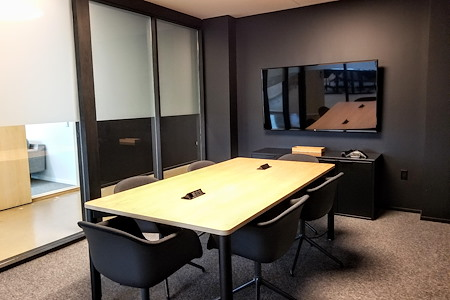 CENTRL Office - Downtown - M3 - Medium Meeting Room