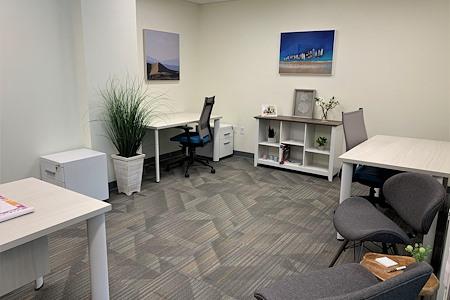 Office Evolution - Plantation - Team Office Exterior
