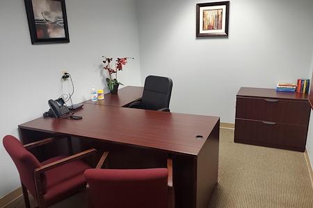 TKO Suites - 1521 Delaware - Meeting Room
