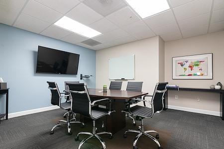Lakeside Workspaces - Medium Conference Room