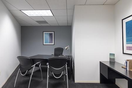(BUR) Burbank Media District - Interior Office Available