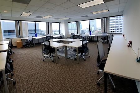 Regus | LAX Continental Grand - Office 59