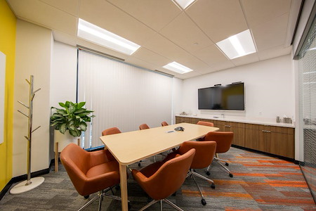 Carr Workplaces - Convergence Center - Brown Room