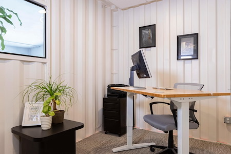 Capsity Coworking - Oak Park - Mid Office