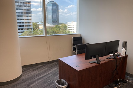 Coworking Space @ Spring Hill Metro / Tysons Corner - Office # 709