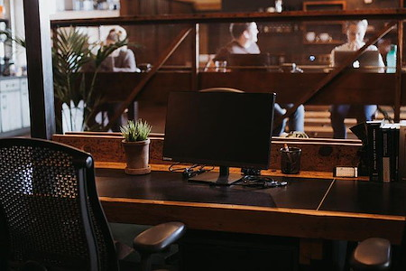 Common Desk - Granite Park - Dedicated Desk