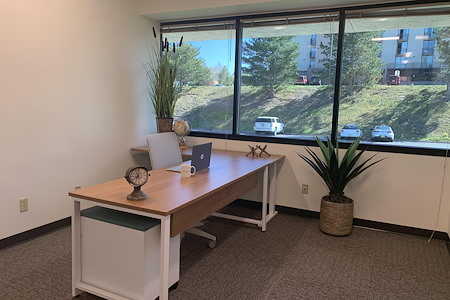 Office Evolution Colorado Springs - Window Office 30