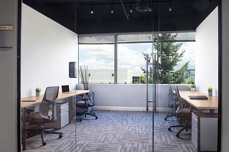Venture X Richmond Hill - 4 Person Private Office