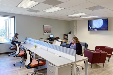 Pacific Workplaces - Capitol - Coworking Dedicated Desk