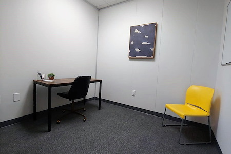 """The Common - Community Workspace - Room """"l"""""""