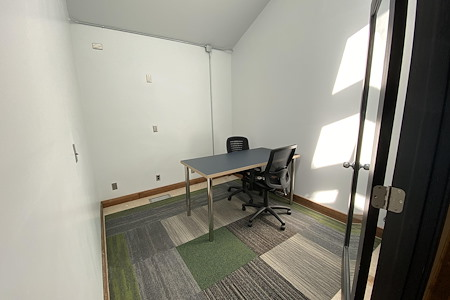 Urban Office - Private Office (Static)