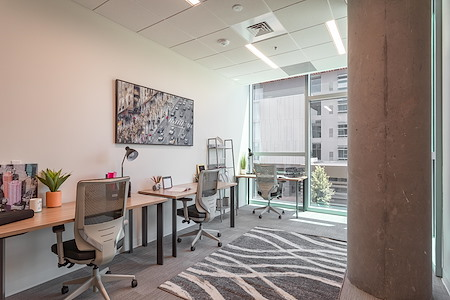 Serendipity Labs Phoenix - Camelback - 3 Person Office