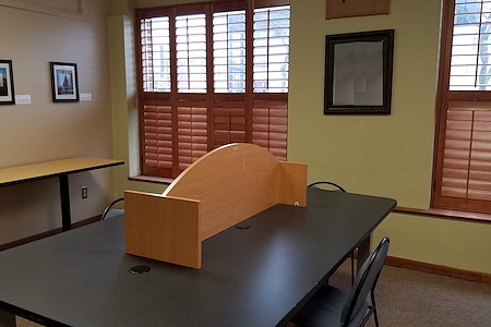 The Coworking Center - Desk 1