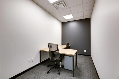 Venture X Oakville - South Oak Junction - Suite 115
