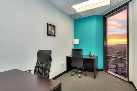 Titan Offices - Penthouse - Window Office #3337