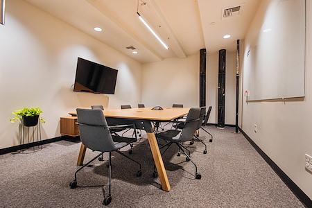 CENTRL Office - Downtown - M2 - Medium Meeting Room
