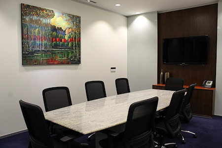 CityCentral Uptown - Executive Boardroom