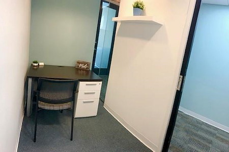 Quest Workspaces 777 Brickell Ave - Interior Office