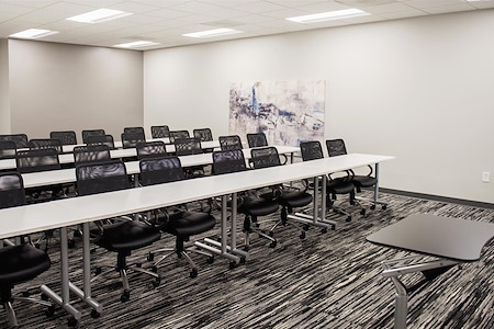 Highland-March Workspaces at Marina Bay - Training Room