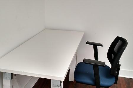 SHARED - Dedicated Desk