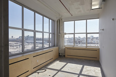 Hunters Point Studios - Private Studio 105 (With Windows)
