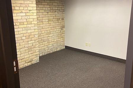 Union Plaza OffiCenter - Office 302