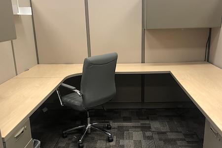Naboso Technology - Desk 3 Cubicle (8' x 8.5')