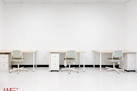 DoBe WE Co working office - Private Dedicated Desk
