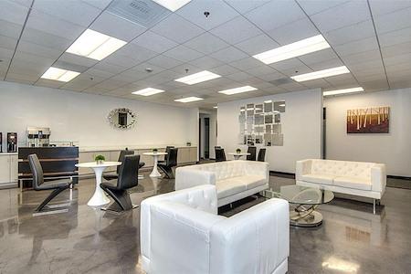 Titan Offices - Penthouse - Lounge