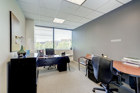 Carr Workplaces - Bethesda - Dedicated Desk