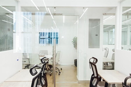 WorkVille Midtown NYC - Interior Back Private Office