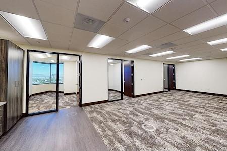 EQ Office | Hughes Center - 3800 - Suite 930