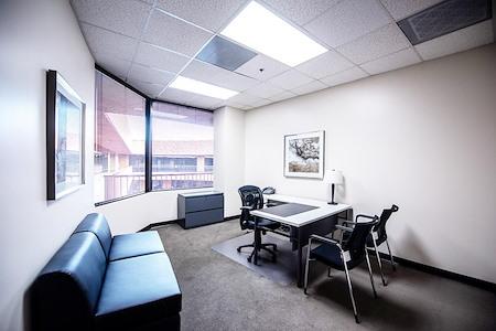 (RB1) Rancho Bernardo - Window Office