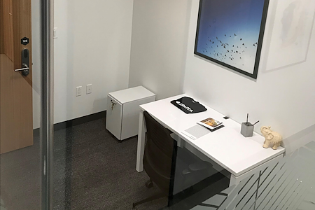 Regus | SPACES at the Water Garden - Office 239