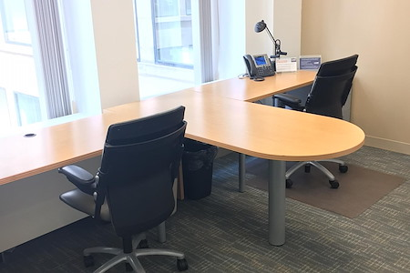 Carr Workplaces - Financial District - Private Office 815