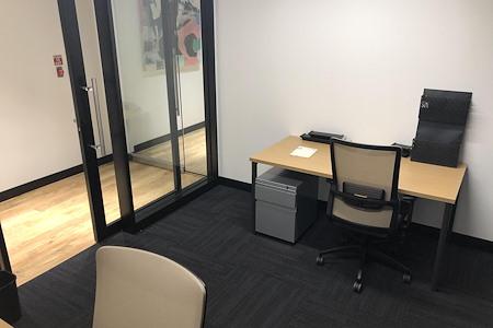 Venture X | Uptown Dallas - Private Office 558