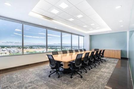 Regus Warner Center - Ventura Boardroom