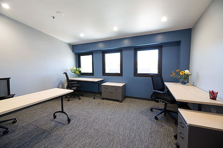 Satellite Workplaces Campbell - 3-Person Private Office