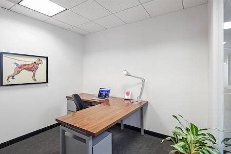 Boston Offices - One Boston Place - Day Office on 26th floor