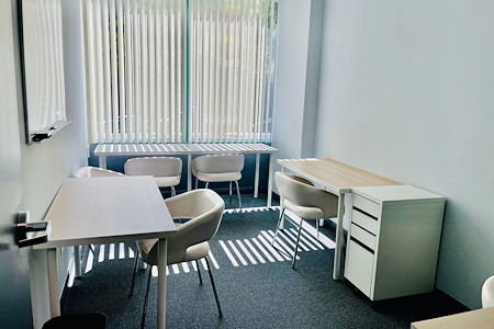 The Muse Rooms - Office 3