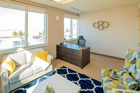 ZEMLAR OFFICES Business Center - Office Suite H