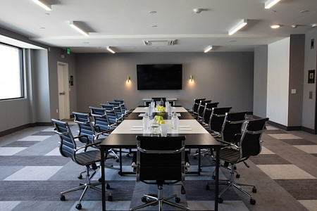 The Glenmark Hotel - Onyx Meeting Room