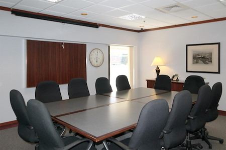 AmeriCenter of Franklin/Southfield - Conference Room A (Executive Boardroom)
