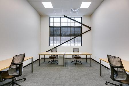 Venture X Oakville - South Oak Junction - Suite 104