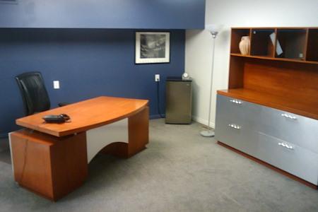 Azcap Corporate Suites - 1st Fl Executive Office