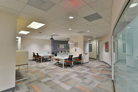 Office Evolution - Tysons Corner - Open Desk