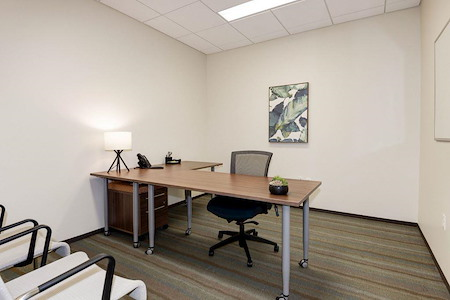 Carr Workplaces - Reston Town Center - Fountain Day Office