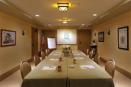 1906 Lodge - Meeting Room 1