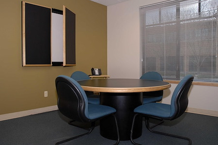 Intelligent Office Boulder - Small Meeting Room